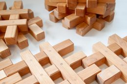 Natural-Grid-Wooden-Blocks