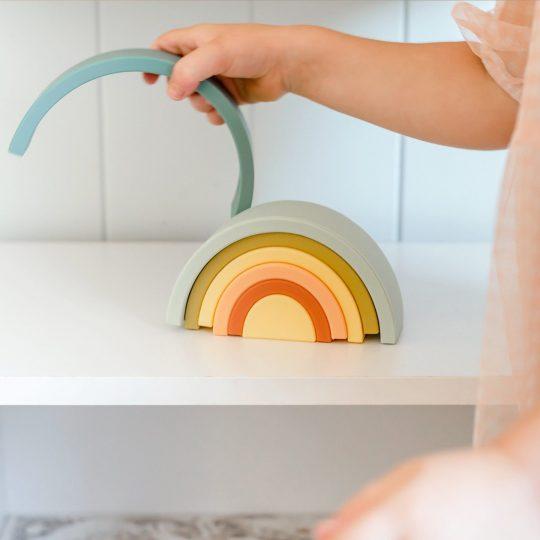 Children's Silicone Rainbow Stacker Blueberry.